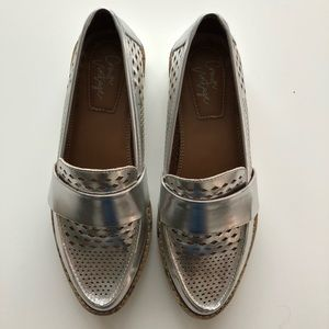 Crown Vintage Silver Loafers